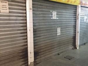 Boxes pertencentes a organização criminosa fechados em comércio de Camaçari, na Bahia (Foto: Divulgação/ Polícia Civil)