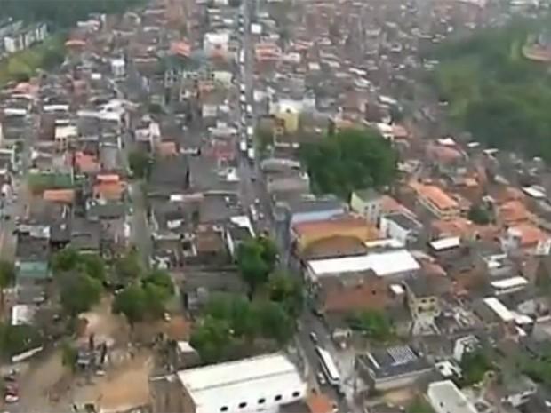 Troica de tiros no Cabula Salvador Bahia (Foto: Reprodução/TV Bahia)