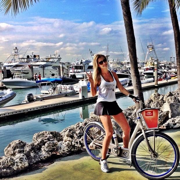 Roberto Justus posta foto da namorada Ana Paula Siebert (Foto: Instagram / Reprodução)