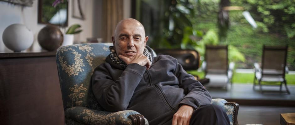 Entrevista com Hector Babenco. (Foto: Simon Plestenjak/ Revista Epoca)