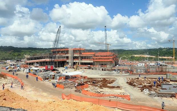 Obras da Arena Pernambuco (Foto: Aldo Carneiro)