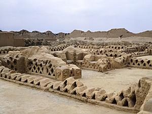 Cidade de argila de Chan Chan, no Peru (Foto: Photo by DeAgostini/Getty Images)