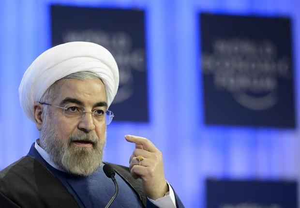 Irã realiza teste bem-sucedido do novo míssil balístico (VÍDEO)
