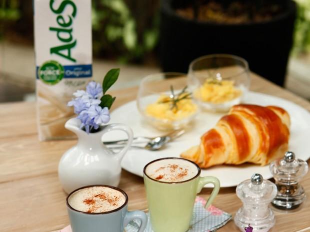 Capriche no café da manhã para o seu amor! (Foto: Divulgação/Ades)