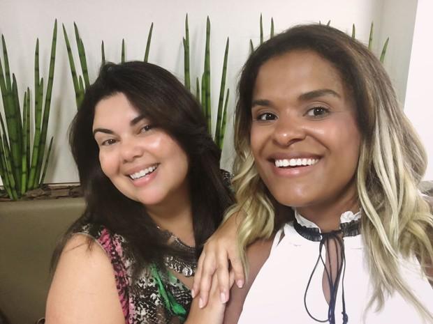 Fabiana Karla muda o visual (Foto: Renata Costa / Divulgação)