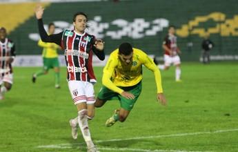 """""""Ganhar nove jogos em casa não dá classificação"""", alerta meia do Bota-SP"""