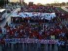 Manifestantes fazem atos contra o impeachment em 11 estados e no DF