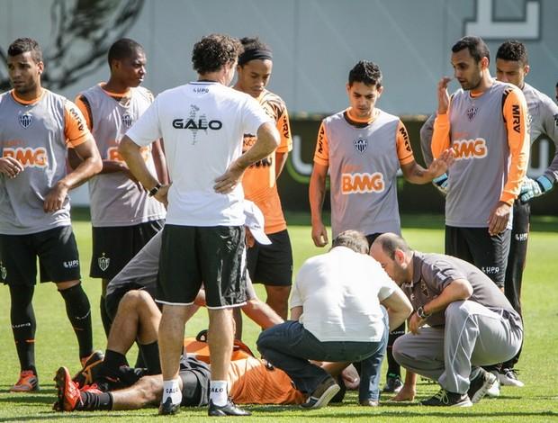 Leonardo Silva rompe ligamento do ombro esquerdo em treinamento (Foto: Reprodução / Flickr do Atlético-MG)