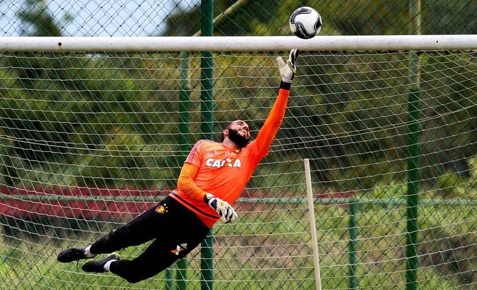 Danilo Fernandes Sport (Foto: Marlon Costa / Pernambuco Press)