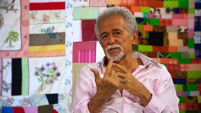 O tropicalista Capinan acredita que a MPB ficou bem melhor após o movimento (Foto: TV Bahia)