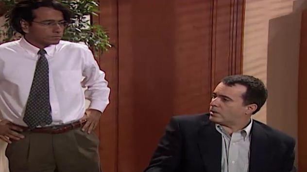 Clementino entrega a fita a Alexandre e o advogado denuncia ngela (Foto: Reproduo/viva)