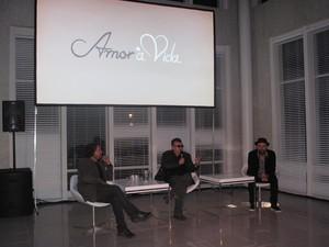 Wolf Maya, Walcyr Carrasco e Mauro Mendonça Filho falam antes de apresentar clipe da novela (Foto: Isabela Marinho/ G1)