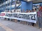 Professores e servidores da UEPA protestam pelo reajuste salarial