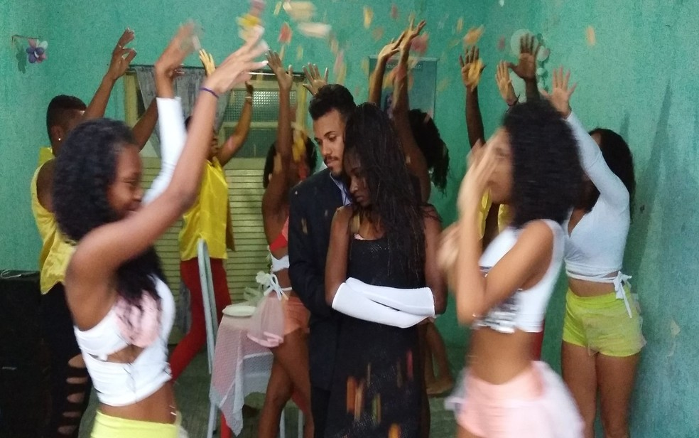 Integrantes ensaiando para se apresentar em Aracaju. (Foto: Anderson Barbosa/G1)