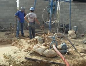 Poço artesiano no CT do CRB já está na reta final de perfuração (Foto: Denison Roma / GloboEsporte.com)