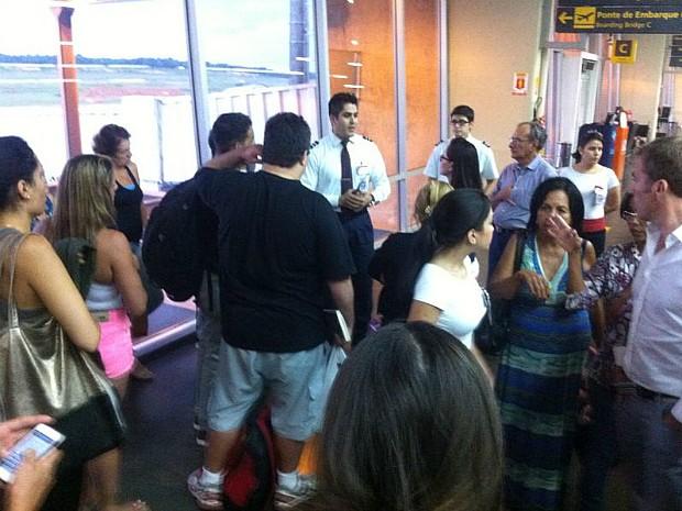 Voo do Amazonas com destino ao Rio de Janeiro foi cancelado (Foto: Thiago Guedes/TV Amazonas)
