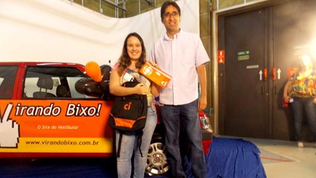 Carolina Melo, vencedora do Simulado 2012 entre os treineiros (Foto: Virando Bixo)