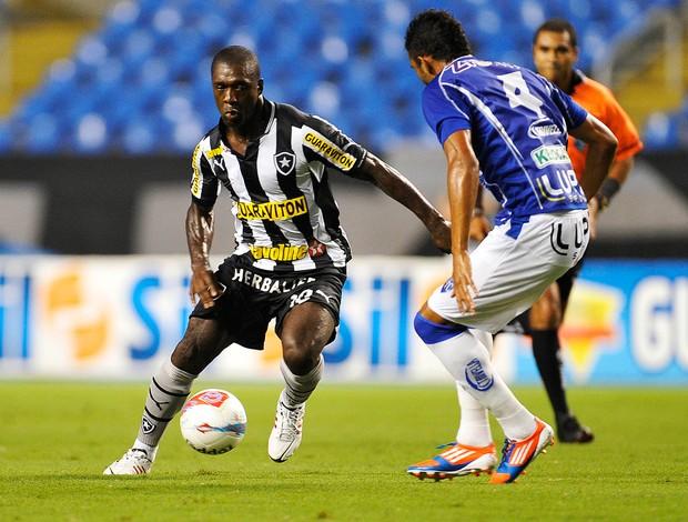 Seedorf Botafogo x Quissamã (Foto: Fabio Castro / AGIF)