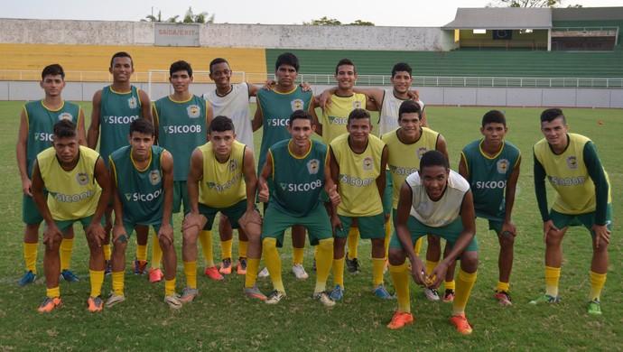 12 jogadores do Galvez farão as provas do Enem neste final de semana, na capital (Foto: Murilo Lima)