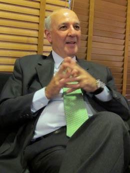 O ex-governador do Distrito Federal José Roberto Arruda (PR) antes de entrevista ao DFTV (Foto: Mateus Rodrigues/G1)