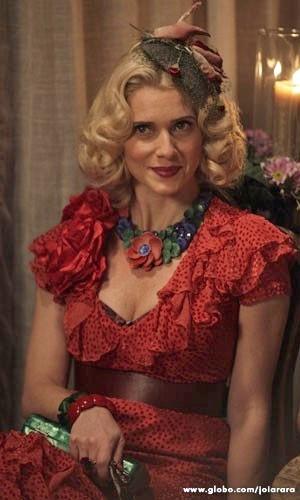 Letícia Spiller como Lola (Foto: Joia Rara/TV Globo)