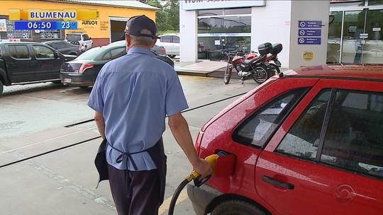 Gasolina na Grande Florianópolis fica até R$ 0,80 mais cara que no interior