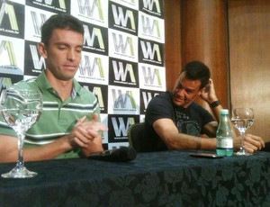 Coletiva de despedida do Figueirense de Wilson e Fernandes (Foto: João Lucas Cardoso, globoesporte.com)