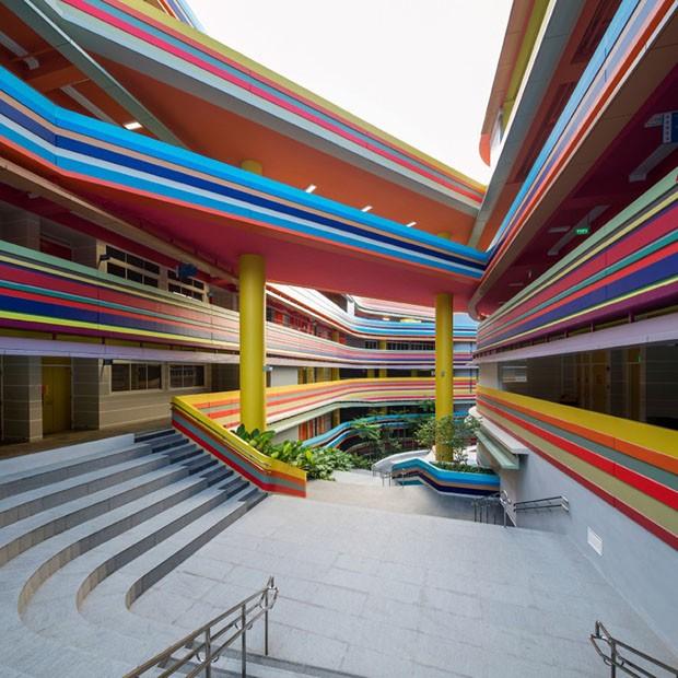 Escola colorida em Singapura (Foto: Divulgação)