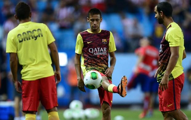 Neymar aquecimento Barcelona (Foto: AFP)