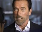 Barbudo, Arnold Schwarzenegger lança filme em Nova York