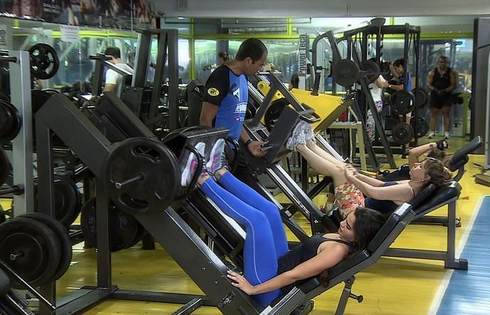 Treino metabólico diminue a gordura corporal e aumenta a massa muscular  (Foto: TV Sergipe)