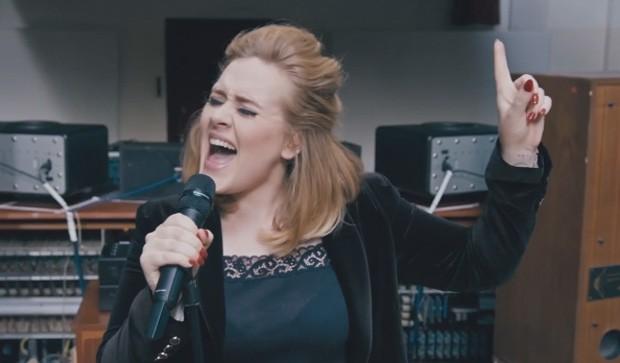 Adele canta 'When we were young' (Foto: Divulgação)