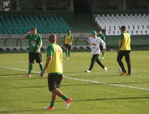 Chico, Gil e Marcelo Oliveira no treino do Coritiba (Foto: Gabriel Hamilko / GloboEsporte.com)