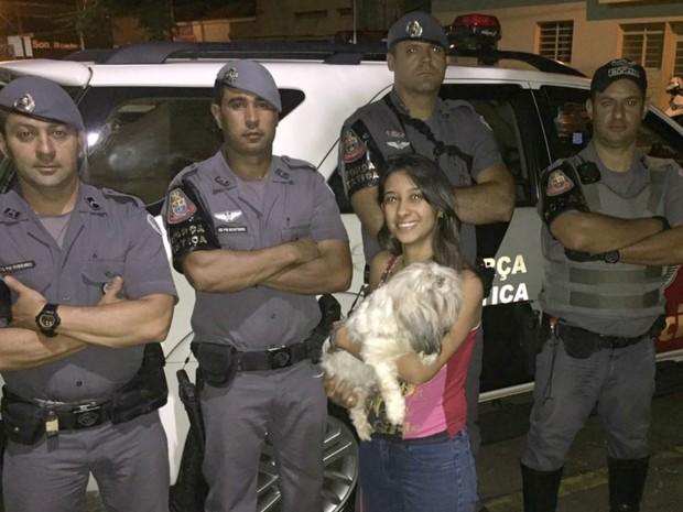 Polícia Militar prende dois, apreende um jovem e encontra cadela furtada em Franca (Foto: Polícia Militar/Divulgação)