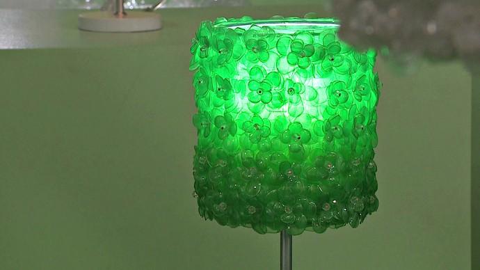 Cooperativa Casulo Inspiração Mistura com Rodaika luminária  (Foto: Reprodução/RBS TV)