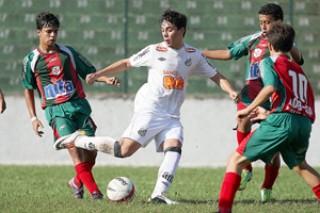 Equipe Sub-15 do Santos enfrenta o Jabaquara, neste sábado (Foto: Pedro Ernesto Guerra / Santos FC)