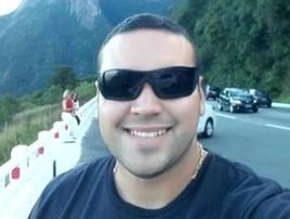 PM morto no RJ faria 29 anos amanhã e estava noivo; vídeo (Reprodução/Globo)