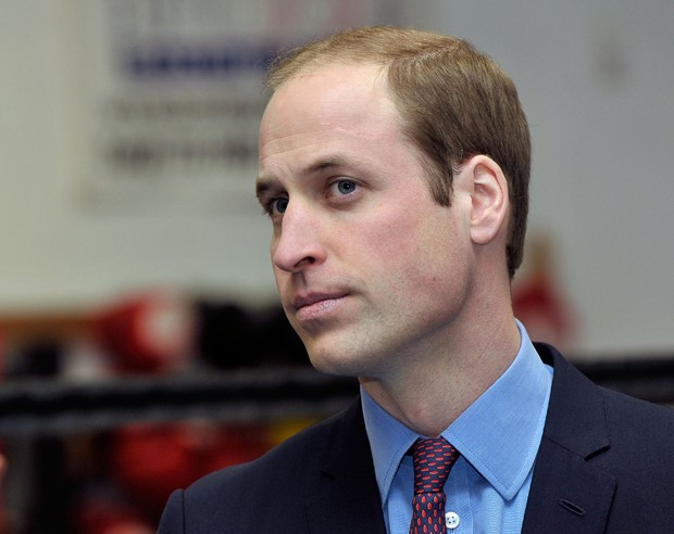 BIRMINGHAM, ENGLAND - DECEMBER 12:  Prince William, Duke Of Cambridge attends an official visit to formally open the Holford Drive Community Sports HUB on December 12, 2014 in Perry Bar, Birmingham, England.  (Photo by Richard Stonehouse - WPA Pool/Getty  (Foto: Getty Images)