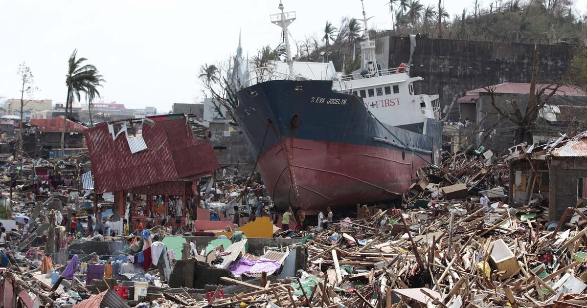 Vítimas do tufão Hayan ganham serviço online de buscas