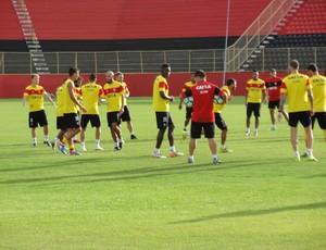 treino do vitória; pineda (Foto: GloboEsporte.com)
