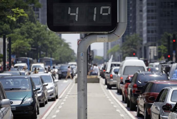 Calor de 41º em São Paulo