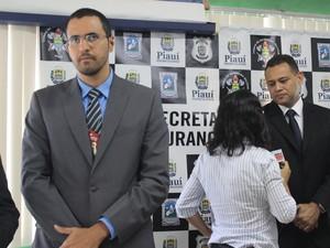 Delegado Kleidson Ferreira investiga participação de grupo em outros concursos (Foto: Catarina Costa/G1 PI)