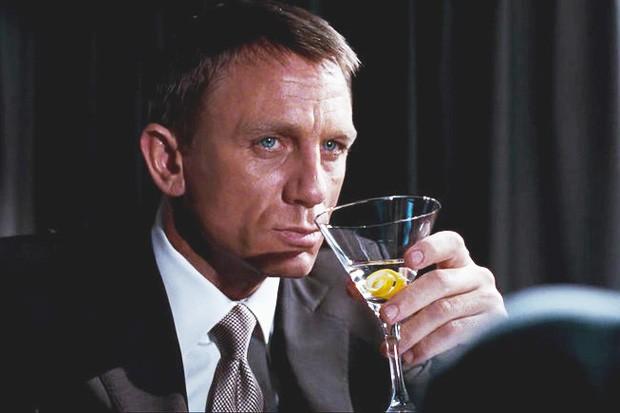 vesper-martini1.jpg