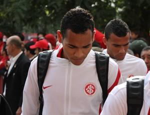 Zagueiro Jackson foi bem no Gre-Nal da Taça Farroupilha (Foto: Diego Guichard / GLOBOESPORTE.COM)