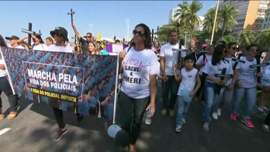 Parentes de PMs mortos fazem atos pelo país em defesa da vida