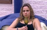 Ana Paula vê Juliana e Adélia: 'Vai para o seu quartinho, querida'