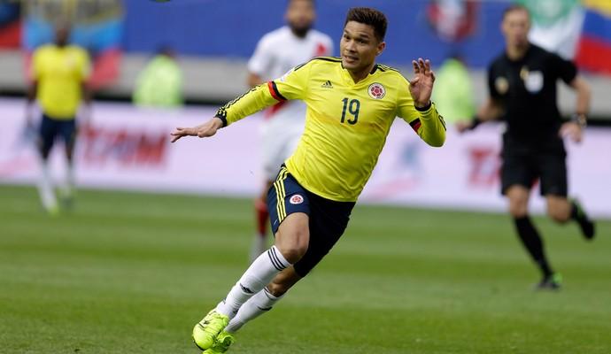 Téo Gutierrez  - Colômbia x Peru na Copa América (Foto: AP)