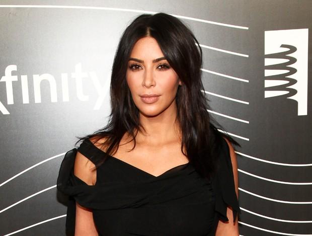 Kim Kardashian retorna a Nova York após assalto milionário em Paris (Foto: Andy Kropa/Invision/AP)