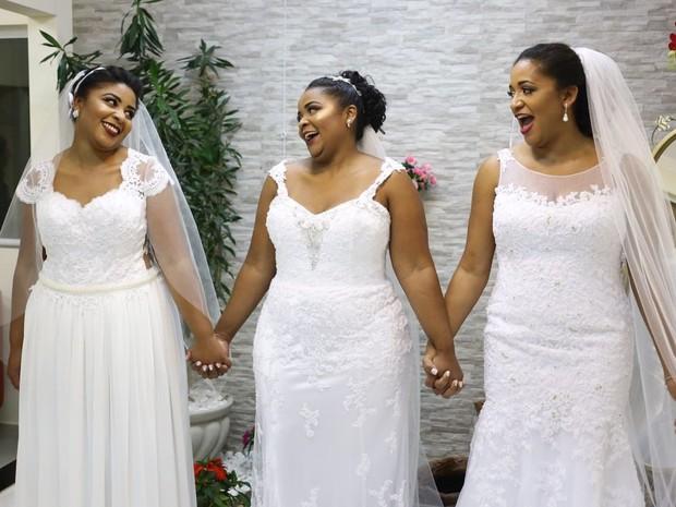 Irmãs realizaram o sonho de subir ao altar na noite deste sábado (23) (Foto: Arquivo pessoal)