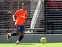 Por conta de regulamento, lateral Auro deixa Sport e retorna ao São Paulo